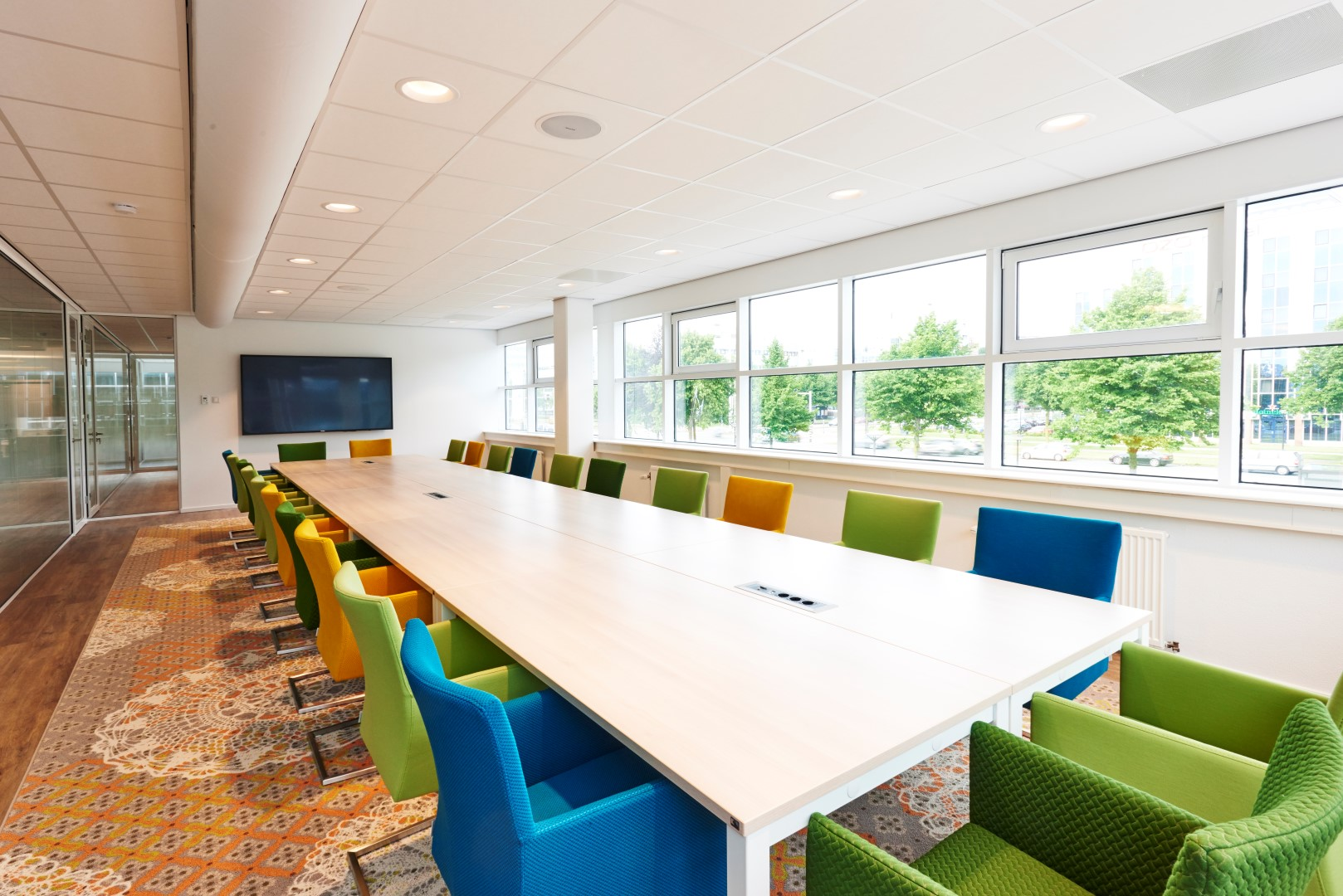 Moderne kantoorinrichting for Inrichting kantoor